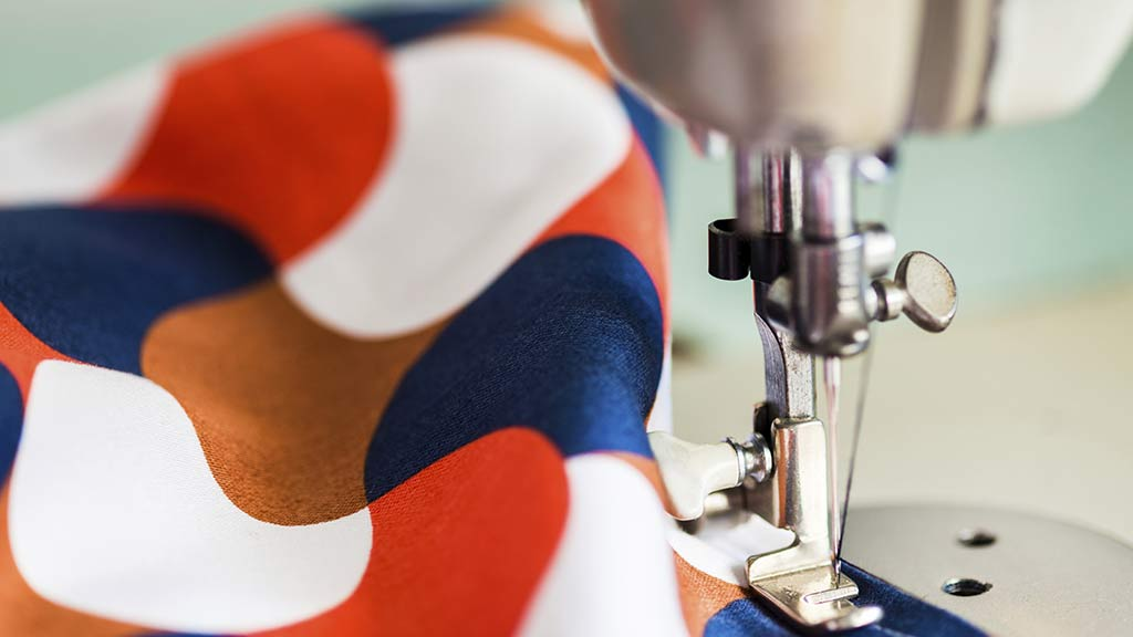 Things to Look for While Buying a Cheap Sewing Machine to Get The Best